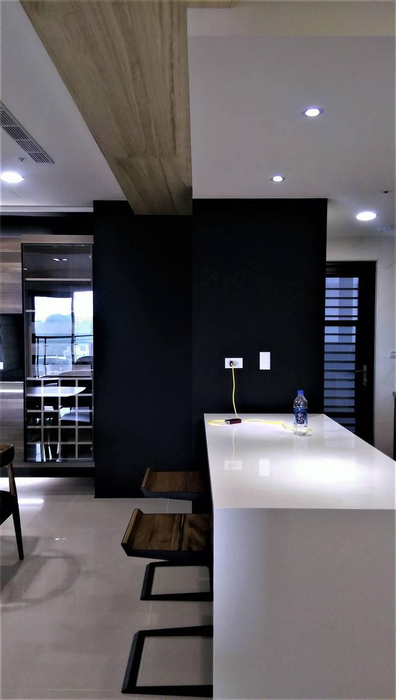 Natural Modern || wood lines北歐的木趨線:  餐廳 by 喬克諾空間設計