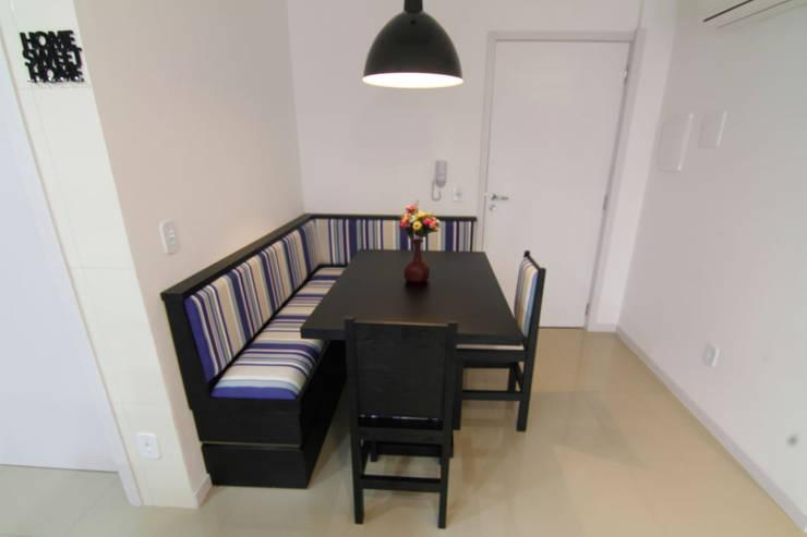 Mesa de jantar: Salas de jantar  por Janete Krueger Arquitetura e Design