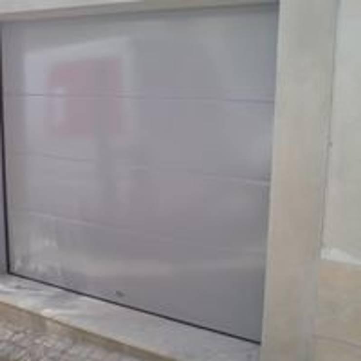 by Bordalo Portas e Automatismos Modern Metal