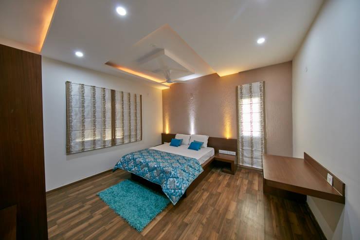 Headboard side : modern Bedroom by NVT Quality Build solution