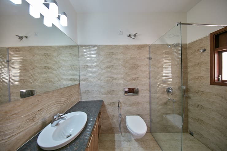 Shower glass partition :  Bathroom by NVT Quality Build solution