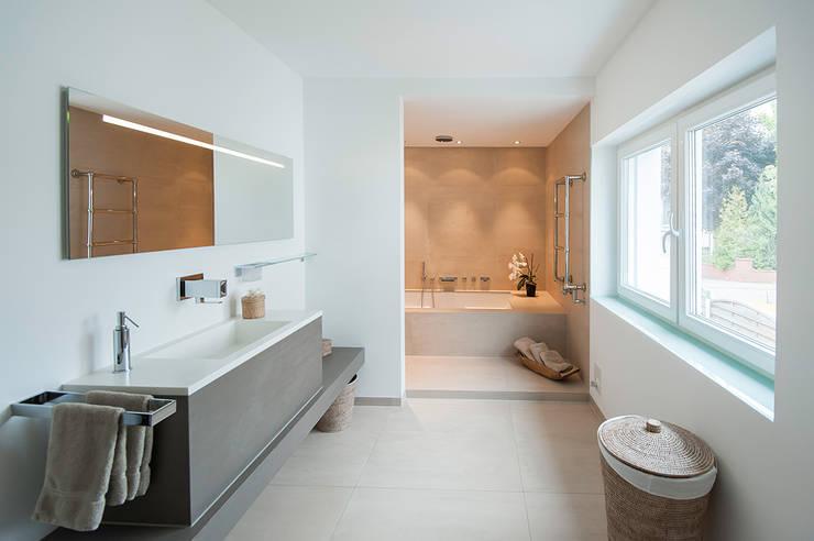 modern Bathroom by Axel Fröhlich GmbH