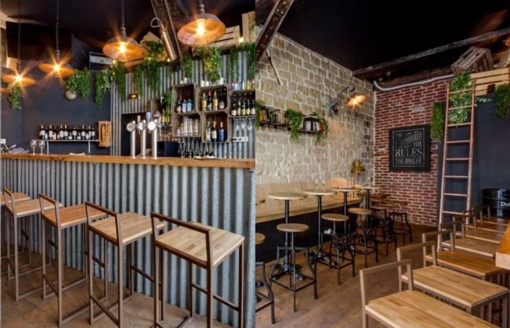Bars & clubs by MisterWils - Importadores de Mobiliario y departamento de Proyectos., Industrial