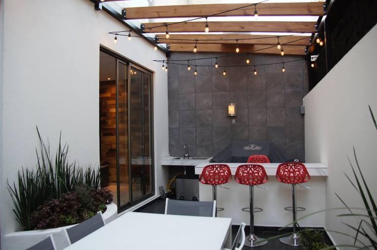 Terraza Franko & Co.: Terrazas de estilo  por Franko & Co.