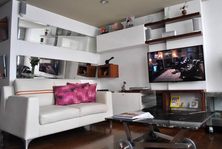 apartamento Rivera:  de estilo  por in Design & Craft, Moderno