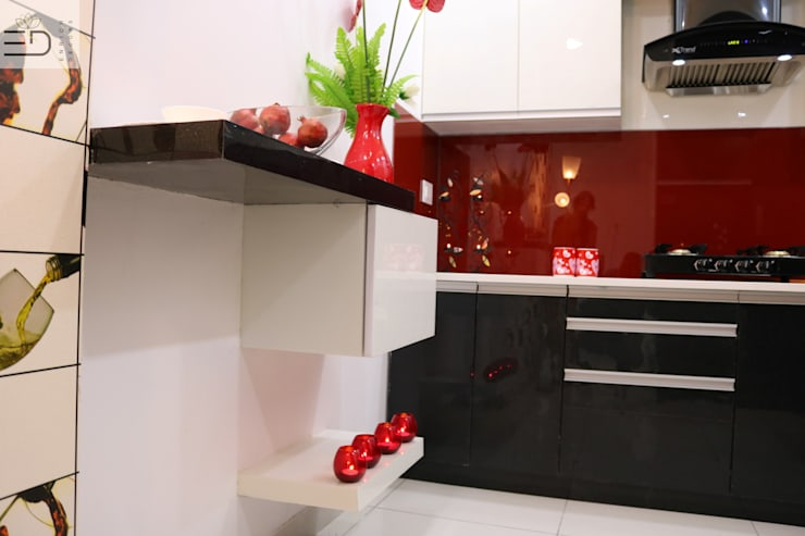 Breakfast Counter :  Kitchen by Enrich Interiors & Decors