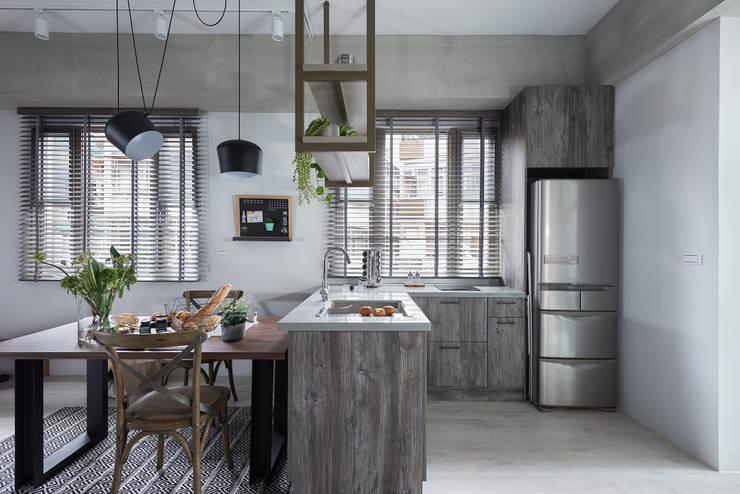倆倆:  廚房 by 寓子設計