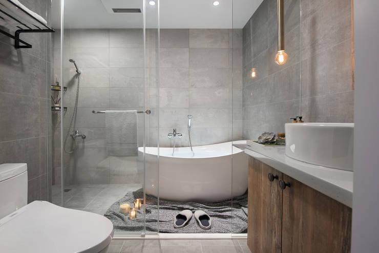 倆倆:  浴室 by 寓子設計