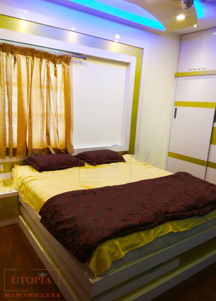 Bedroom interior design:  Bedroom by Utopia Interiors & Architect,Modern
