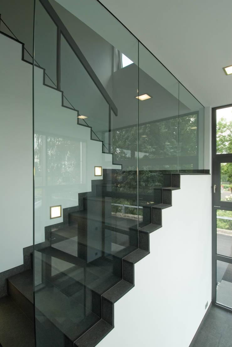 Wohllaib Karl GmbH:  Bürogebäude von Architekturbüro zwo P