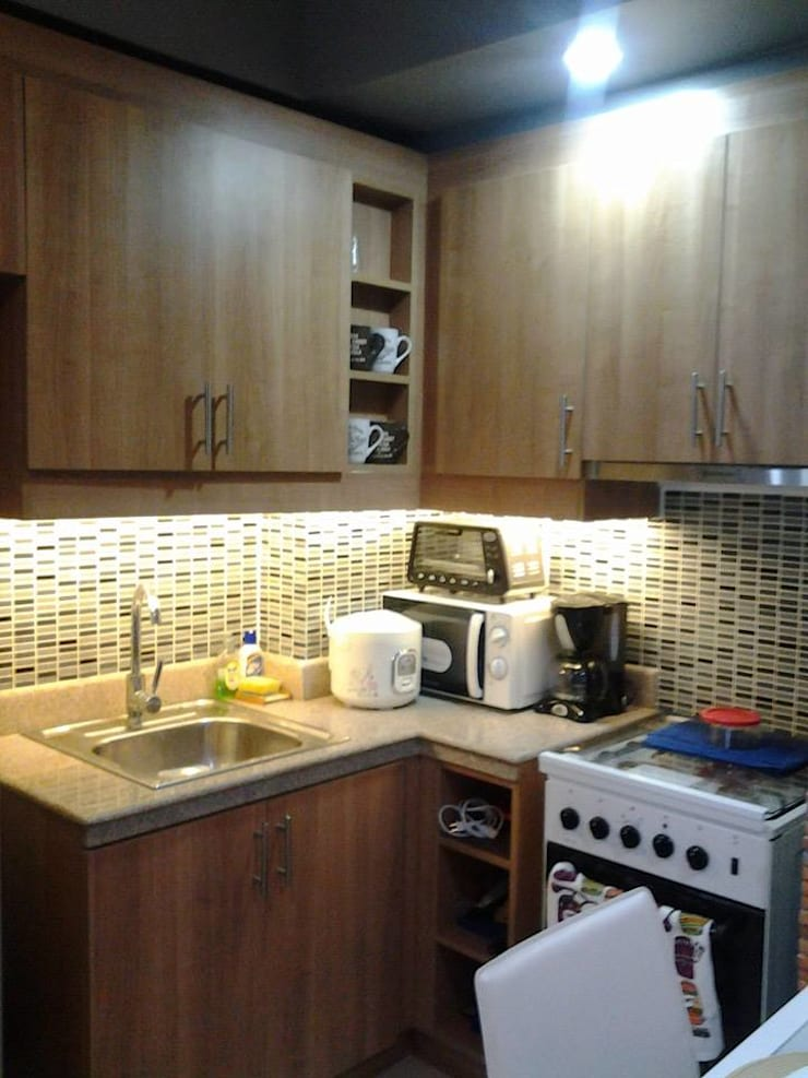 Grand Midori-Makati:  Built-in kitchens by marcdeco