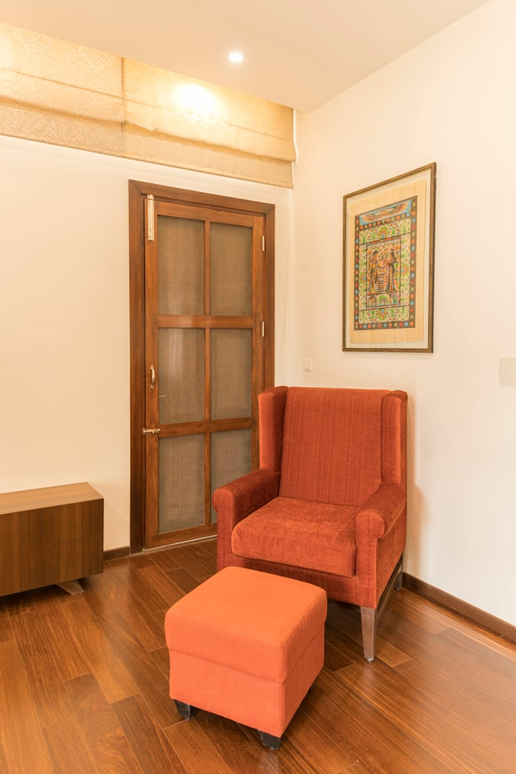 Relaxing area :  Doors by NVT Quality Build solution