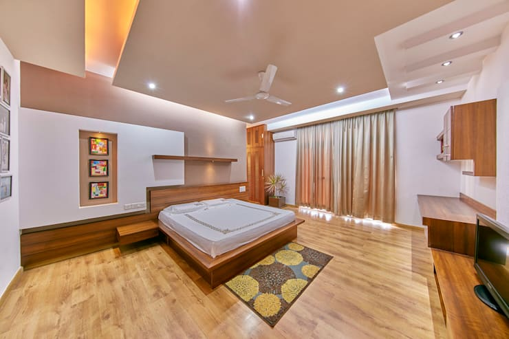 Master Bedroom: modern Bedroom by NVT Quality Build solution