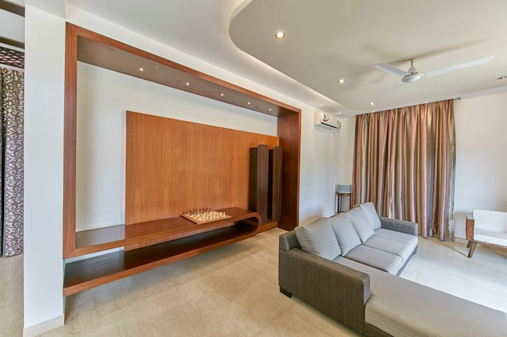 Living room: modern Living room by NVT Quality Build solution