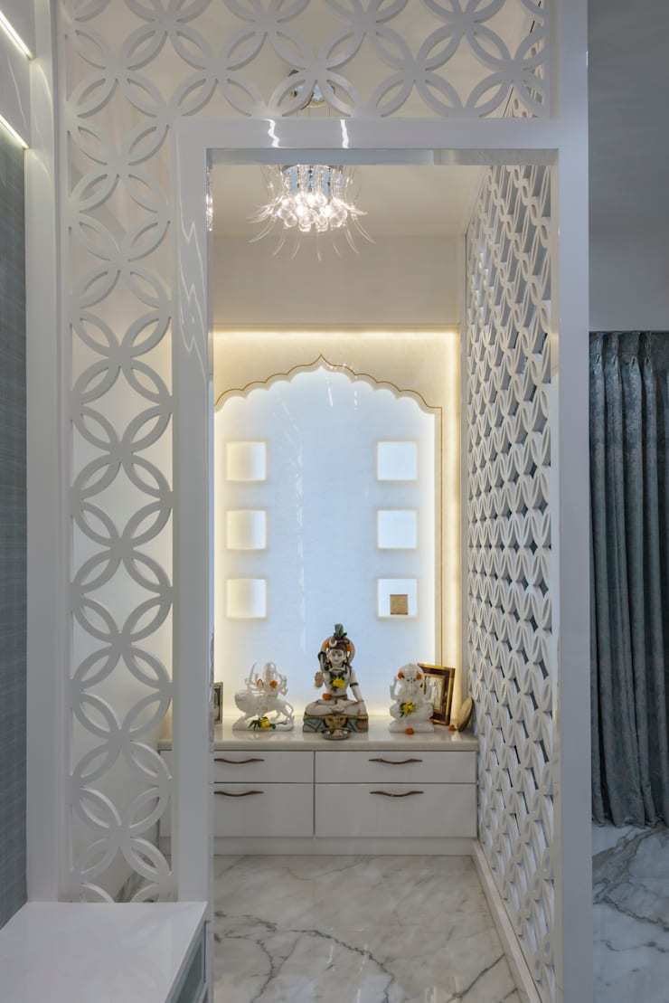 Mandir near Dining area:  Dining room by Tanuja and Associates ,Modern