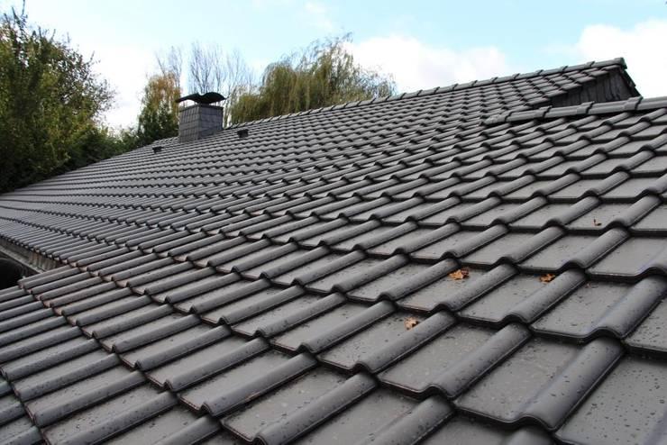 Gable roof by Dachdeckermeisterbetrieb Dirk Lange