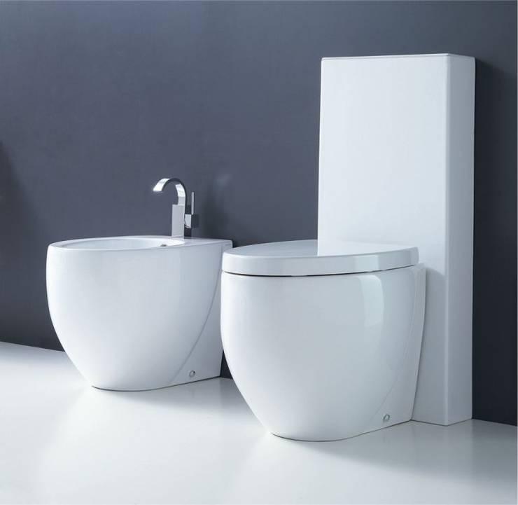 Ovo: Casa de banho  por Smile Bath S.A.