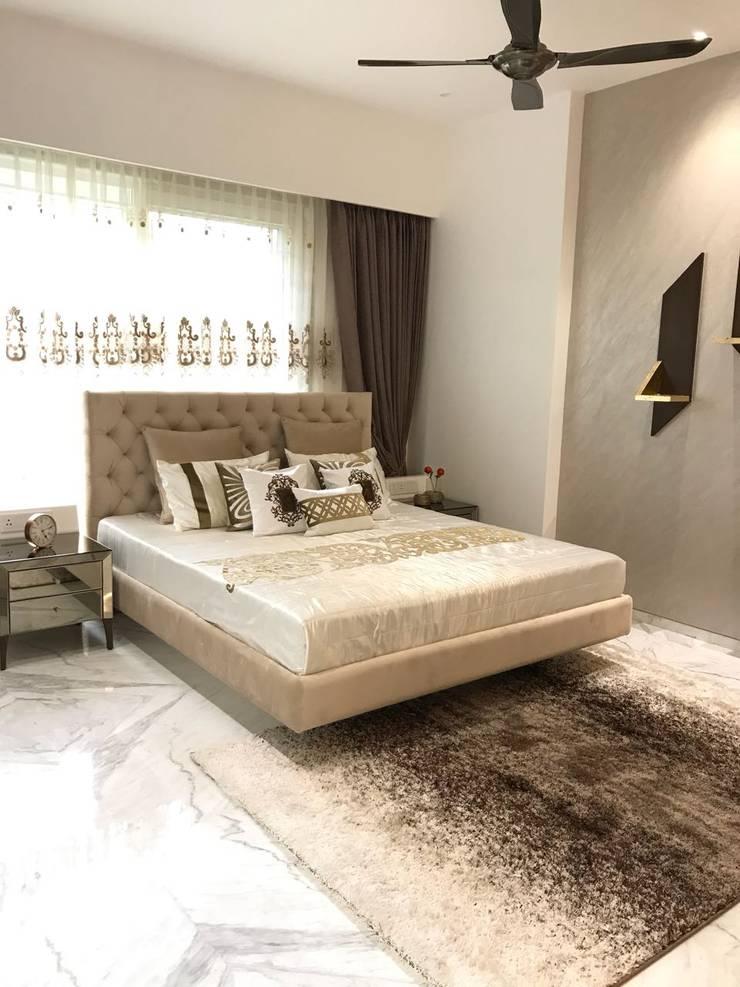 Master Bed Room: modern Bedroom by HM DESIGNZ