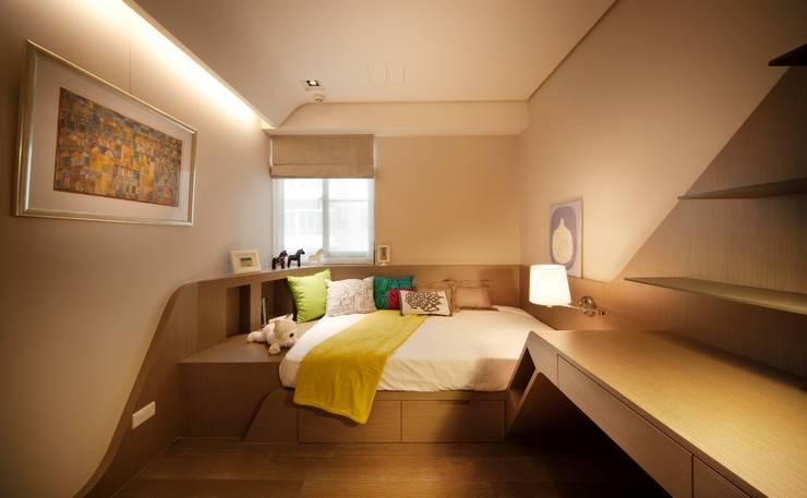 Herb HOUSE:  嬰兒房/兒童房 by 沐光植境設計事業