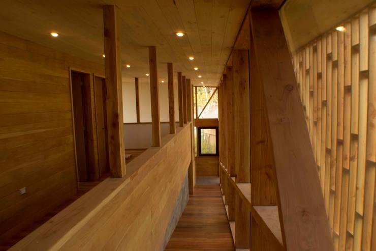Rampa: Escaleras de estilo  por PhilippeGameArquitectos