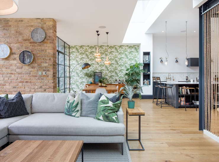 Living space:  Living room by Thomas & Spiers Architects