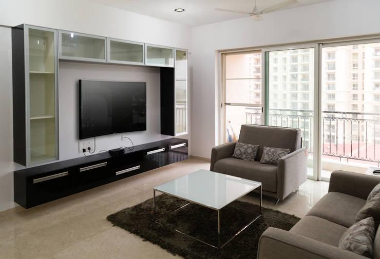 Sridhar's Residence: modern Living room by M/s Studio7 Architects