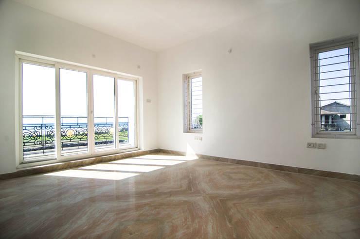 Beach Villa,Uthandi: classic Bedroom by M/s Studio7 Architects