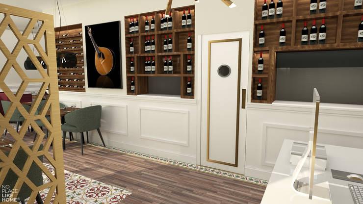 Entrada/ Sala de restaurante: Espaços de restauração  por No Place Like Home ®,Eclético