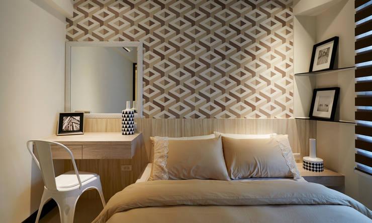 時尚又蘊含奢華質感:  臥室 by 雅和室內設計