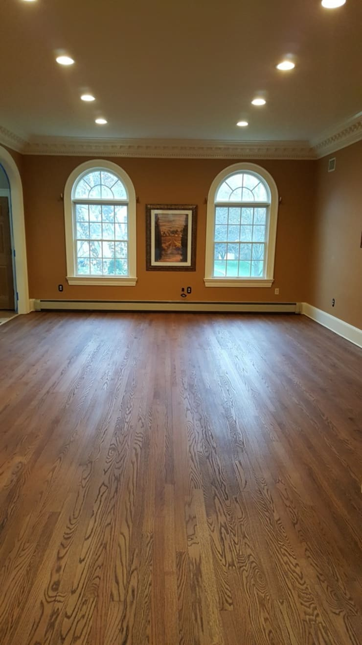 classic Dining room by Shine Star Flooring