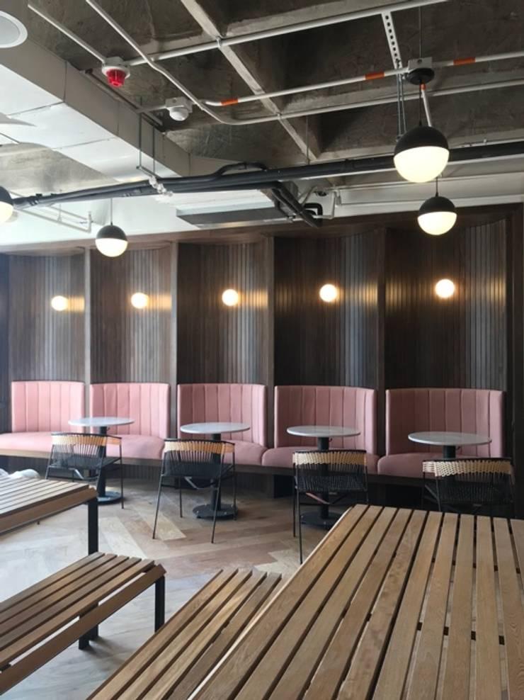 Speciallity banquete: Salas de estilo  por D Interior