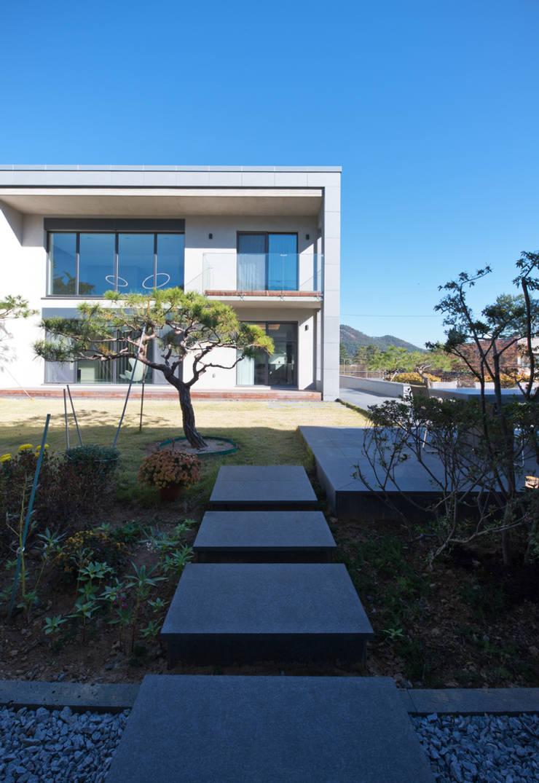 광주 서창동 1.4리터 패시브하우스 – 아들집: (주)자림이앤씨건축사사무소의  패시브 하우스