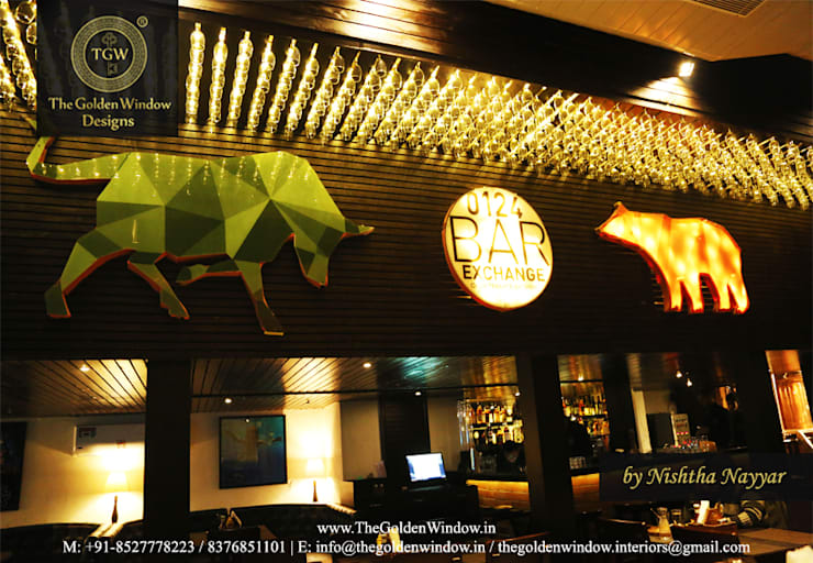 0124 Bar Exchange, Gurgaon:  Interior landscaping by The Golden Window Designs