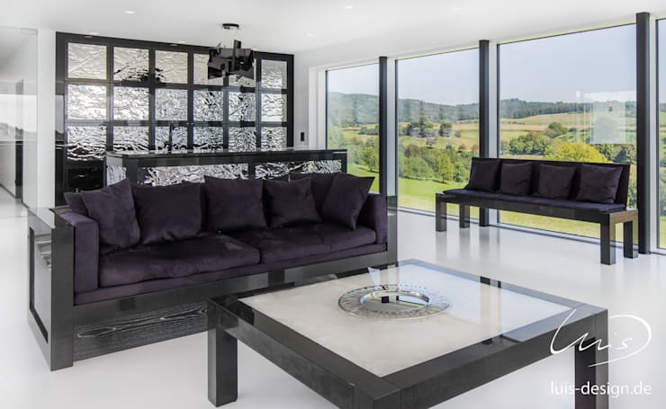 modern Living room by Luis Design