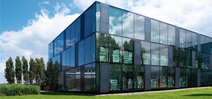 房子 by Envidralux esquadrias e vidros, 現代風 玻璃