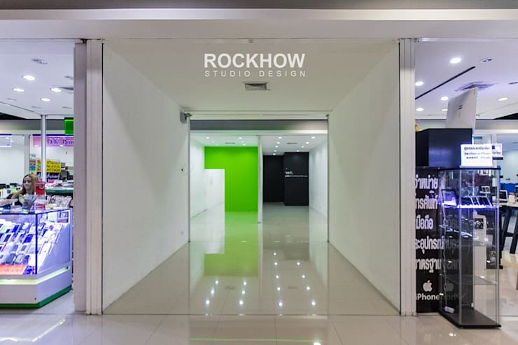 Mobile Shop Imperial World Samrong:  ตกแต่งภายใน by Rockhow Studio Design