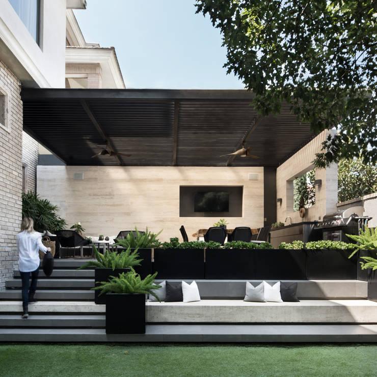 Terraza SOL: Terrazas de estilo  por VOA Arquitectos