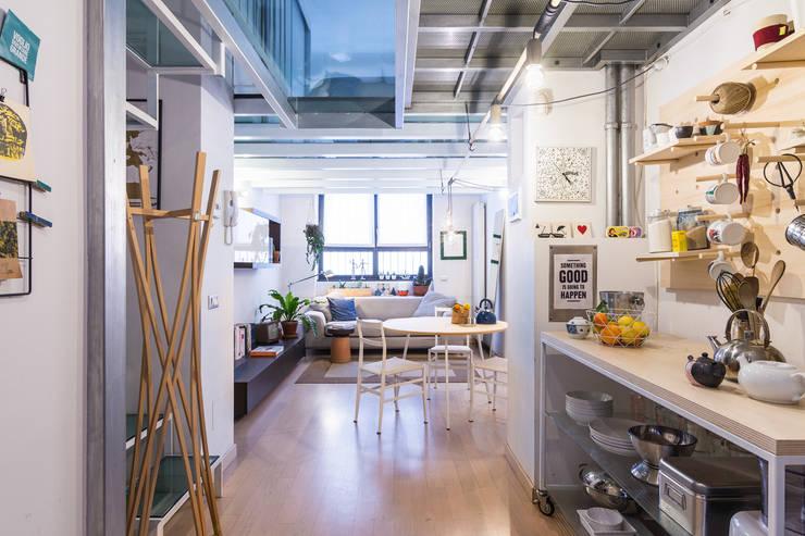 Ruang Keluarga by ZEROPXL | Fotografia di interni e immobili