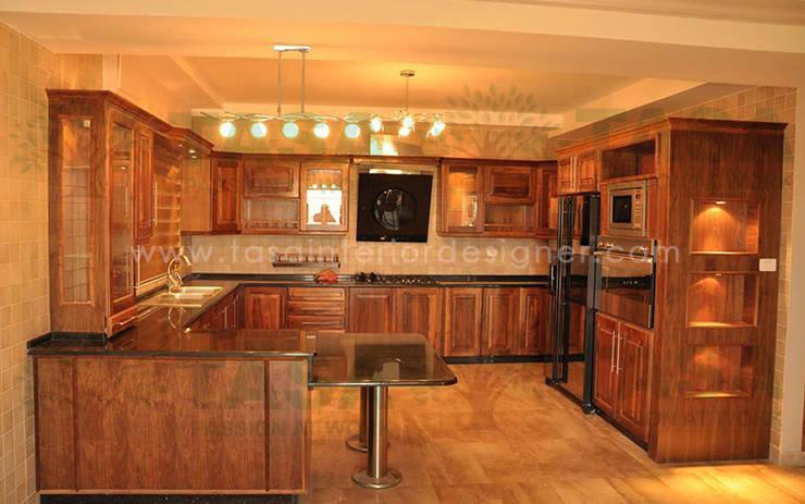 Modular Kitchen:  Kitchen by TASA interior designer