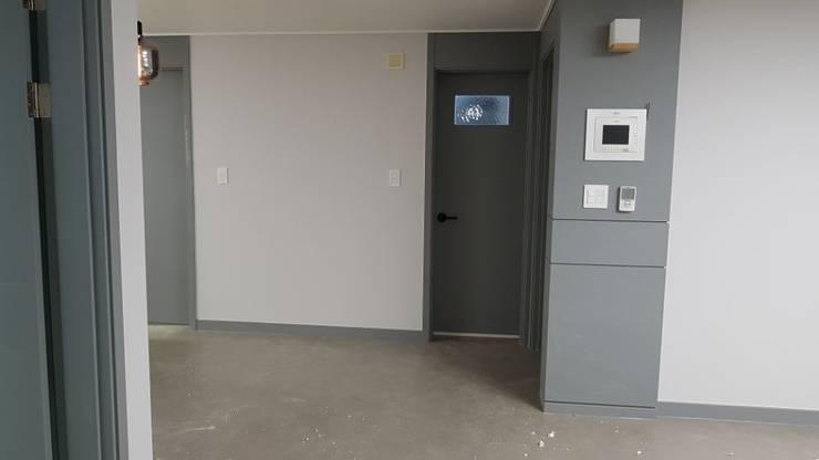 등촌동 현대 아이파크 아파트: DECORIAN의  거실