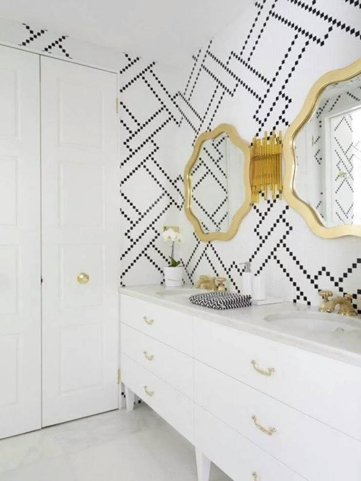 Interiors:  Dressing room by shritee ashish & associates
