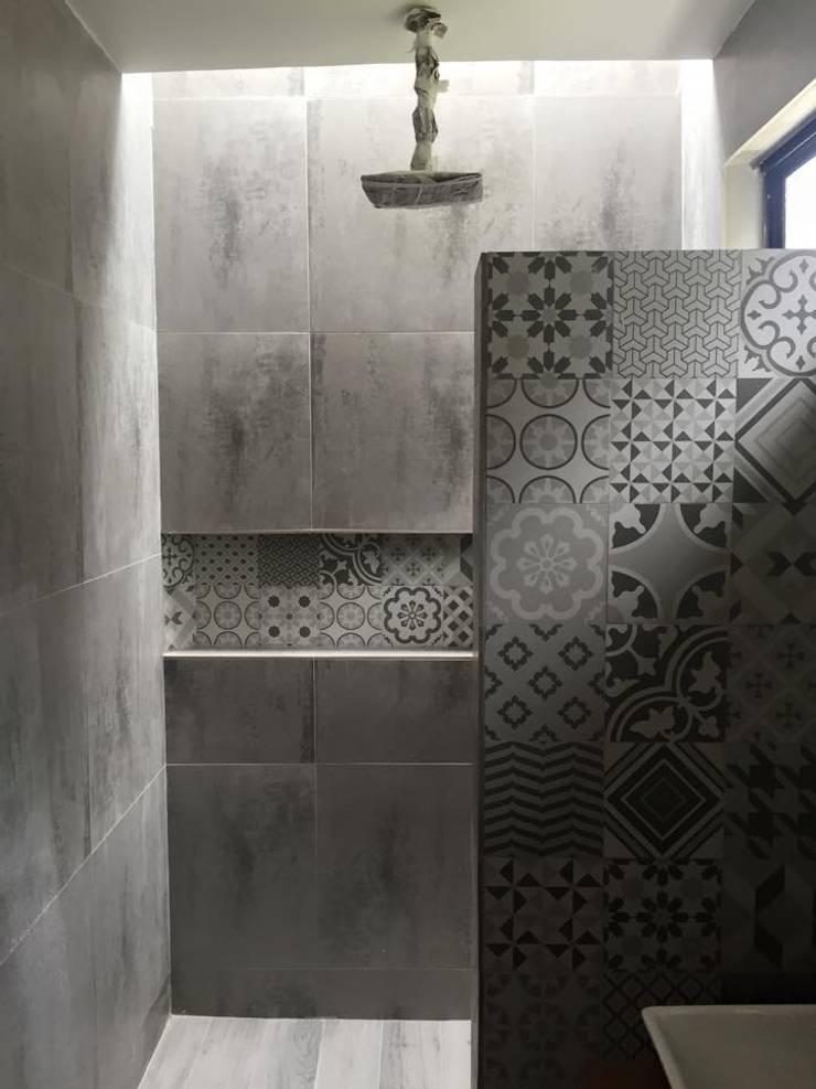 Bathroom by DEVELOP ARQUITECTOS