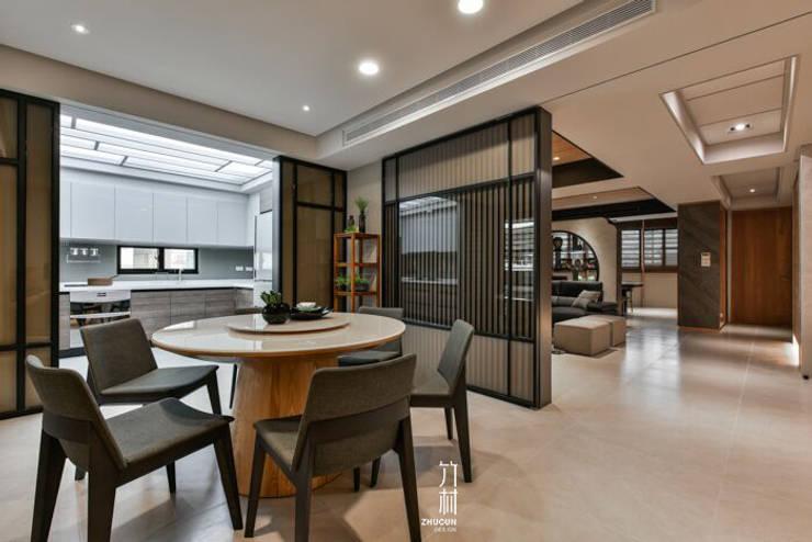 明華苑:   by 竹村空間 Zhucun Design