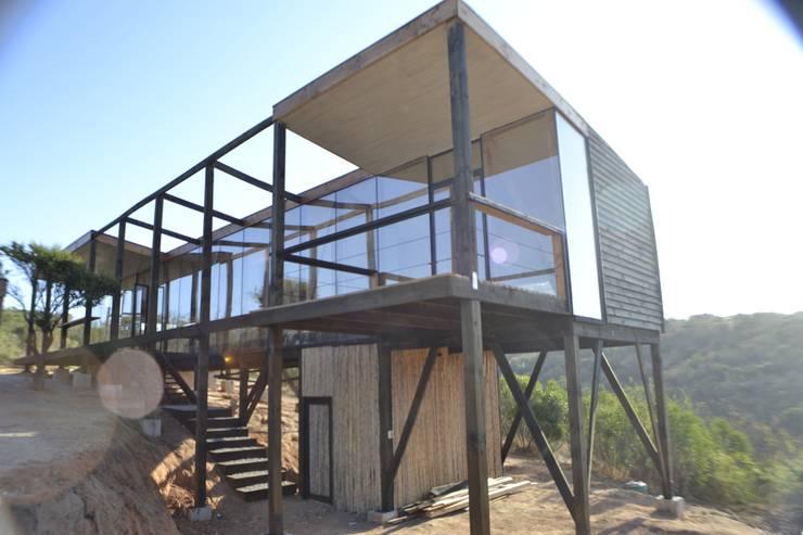 Dormitorio principal: Casas de estilo  por PhilippeGameArquitectos