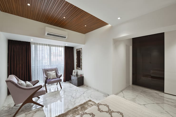 PARENTS BEDROOM:  Bedroom by Ar. Milind Pai