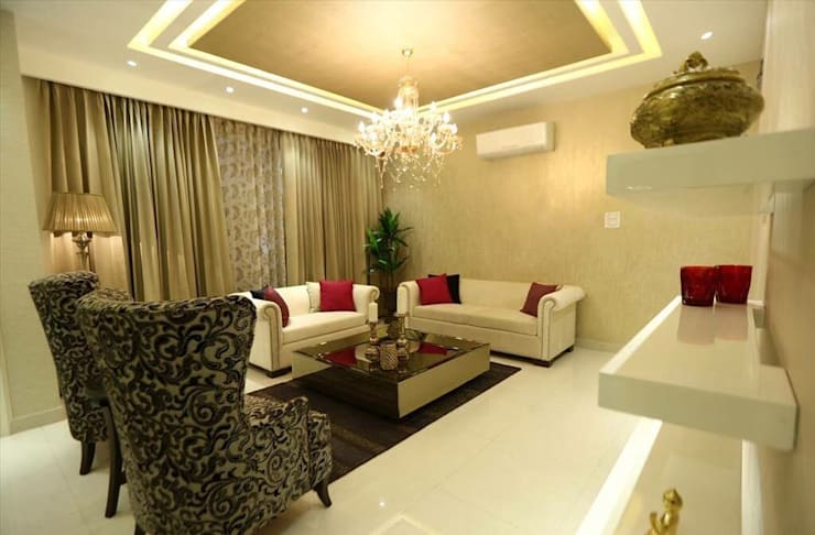 Residential Interiors:  Living room by SDINC
