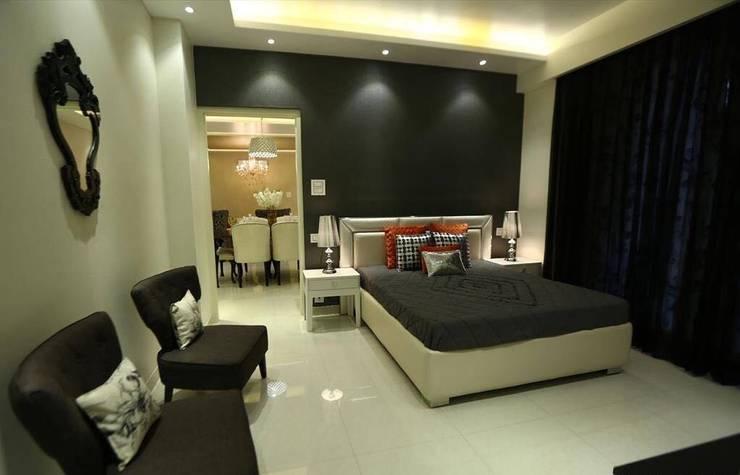 Residential Interiors:  Bedroom by SDINC,Modern
