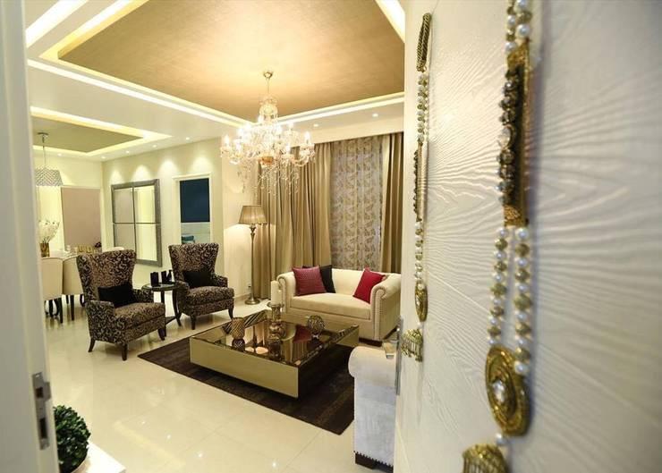 Residential Interiors:  Living room by SDINC,Modern