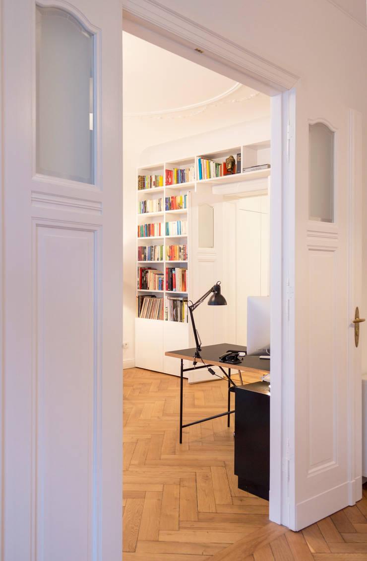 gantz b cherregal nach ma um t r von regale. Black Bedroom Furniture Sets. Home Design Ideas