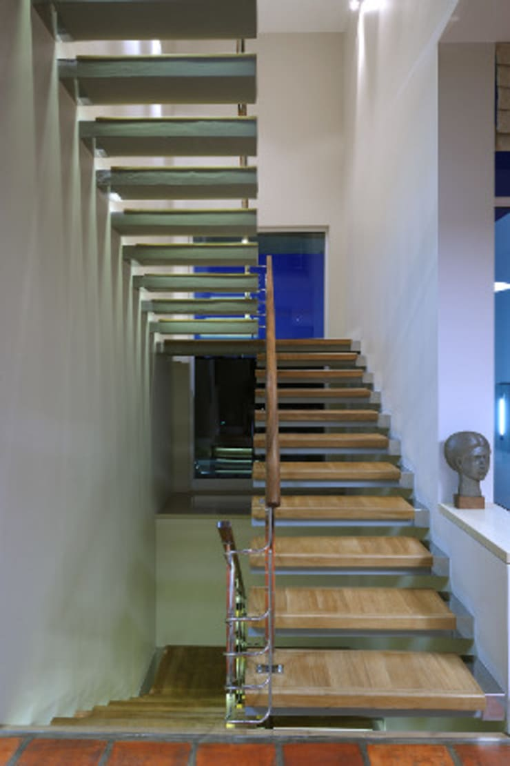 Residence, Little Walmer Golf Estate:  Stairs by The Matrix Urban Designers and Architects